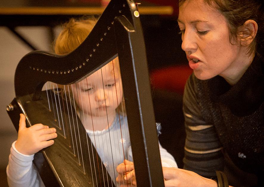 Little baby harpist